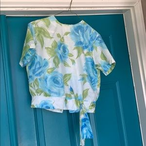 Vintage 1960s cabbage rise blouse size Medium